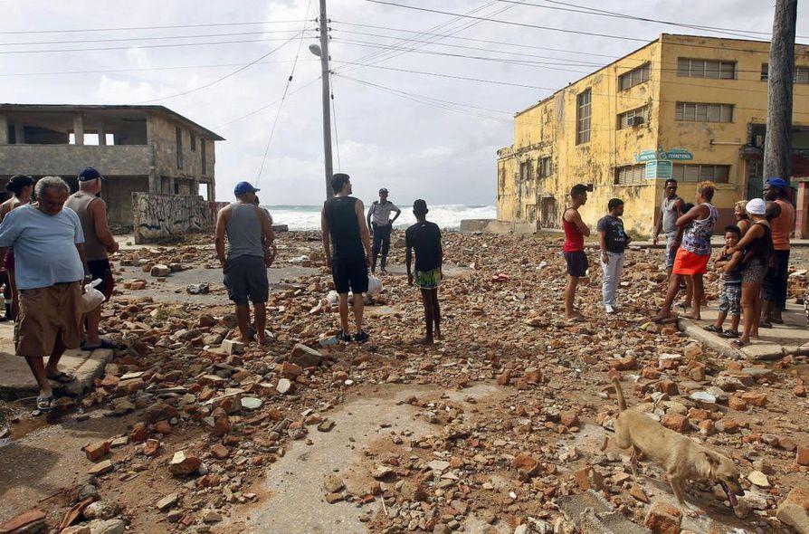 Irma aiheutti mittavia tuhoja Kuuban Havannassa.