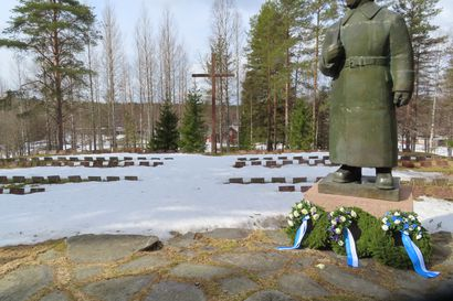 """Veteraanijärjestöt aamunavauksessa Taivalkoskella: """"Kunnioitetaan veteraanipäivän rauhanomaista luonnetta"""""""