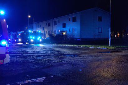 Poliisi epäilee, että Höyhtyällä asunnon tuhonnut tulipalo sytytettiin tahallaan – tapausta tutkitaan tuhotyönä
