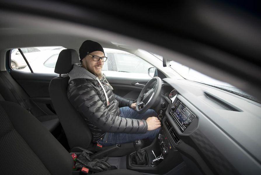 Mika Koskela päätyi leasingiin, kun halusi tietää tarkkaan, mitä autoilu hänelle maksaa.
