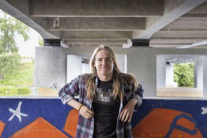 Oululainen Eemeli Vaara päätti perustaa levy-yhtiön 17-vuotiaana – yhtiö tukee kiusaamisen vastaista työtä heinäkuussa julkaistavalla hyväntekeväisyyskappaleella