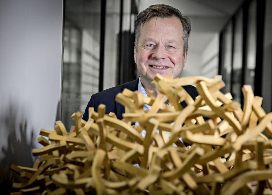 Ympäristöministeriön puurakentamisen ohjelmapäällikkö Petri Heino uskoo, että puukerrostalojen rakentaminen saa viimein uutta vauhtia Suomessa, kun rakennusten hiilijalanjälkeen tulee uusia vaatimuksia.