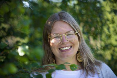 Tullaan tutuiksi: Anna-Maija Heikkilä arvostaa nuoriso-ohjaajan työssään monipuolisuutta