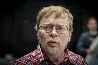 Perussuomalaisten valtuustoryhmän puheenjohtaja Juha Vuorio loikkaa kokoomukseen Oulussa