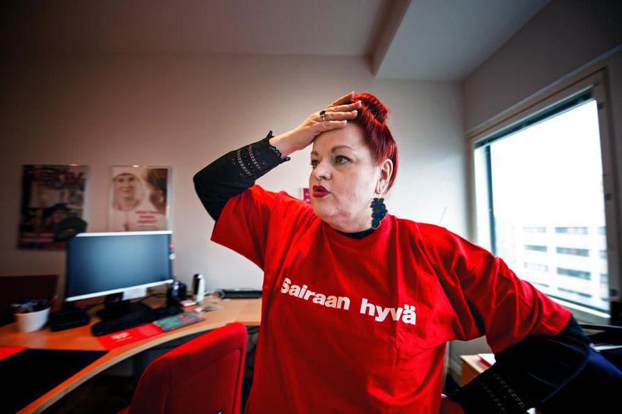Tehyn puheenjohtaja Millariikka Rytkönen painottaa ihmisoikeuksien tärkeyttä rekrytoinnissa.