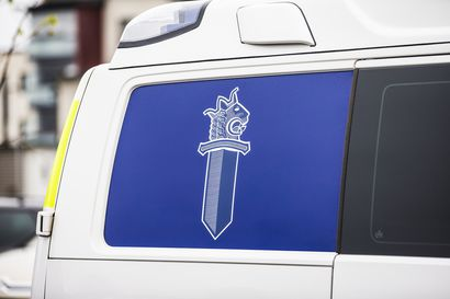 Mies löi tuopilla päähän Saariselällä Teerenpesässä – poliisi etsii 170–180-senttistä henkilöä