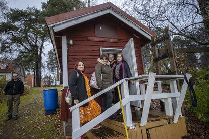"""A-kilta vietti Asunnottomien yötä saunoen Oulujoen rannassa – Tämän vuoden teemana """"oma koti hurjan kallis"""""""