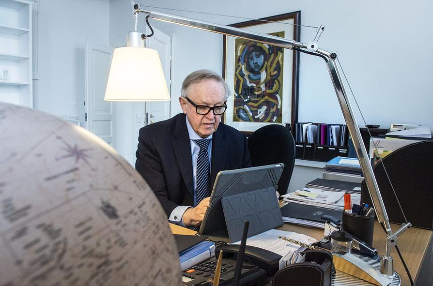 Arkistokuva. Martti Ahtisaaren mukaan Suomen Nato-jäsenyys osoittaisi, ettei Suomi pelkää Venäjää.