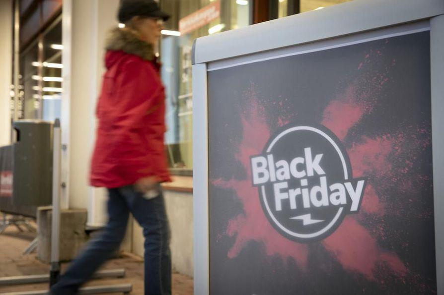Kaikki Black Friday -tarjoukset eivät näytä olleen tarjouksia ensinkään, kertoo Suomen Kuvalehden tekemä selvittely, jossa hyödynnettiin ruutukaappauksia. Arkistokuva ei liity tapauksiin.