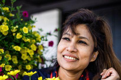 Nafisa Yeasmin pääsi ensimmäisenä maahanmuuttajana Rovaniemen kaupunginvaltuustoon – kotoutuminen kaupunkiin oli aluksi haastavaa, nyt Yeasmin haluaa tehdä sen helpommaksi muille