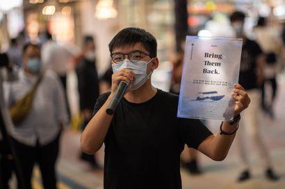 Hongkongissa vankeustuomiot kolmelle johtavalle demokratia-aktivistille