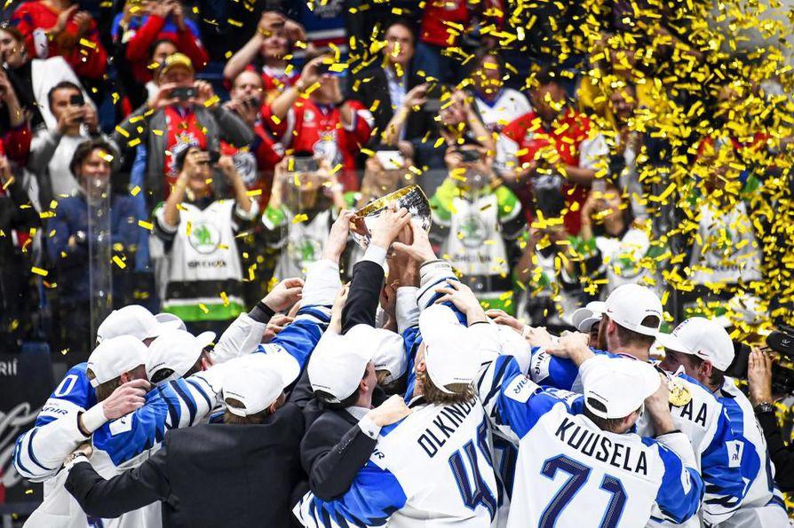 Oulun kaupunki jakaa stipendit muun muassa Jani Hakanpäälle, Atte Ohtamaalle, Sakari Manniselle ja Veini Vehviläiselle, jotka olivat mukana voittamassa jääkiekon MM-kultaa Slovakiassa.