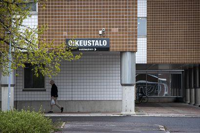 Mies kalasteli teinin Instagram-tunnukset, hakkeroitui some-tileille ja jakoi alastonkuvaa – Oulun käräjäoikeus antoi sakkotuomion