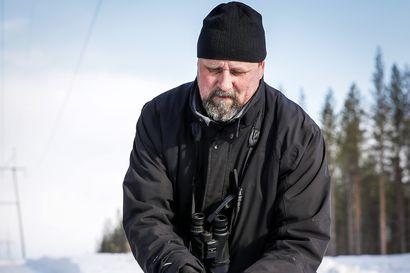 Lintuharrastajan kevät alkoi helmikuussa – Ismo Kreivi rengastaa jo urpiaisia