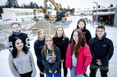 """Reilun 1000 asukkaan Savukoskella on Suomen toiseksi paras lukio – """"Mitä järkeä olisi lähteä muualle?"""""""
