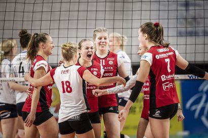 WoVon nuorisoketju säteilee - Oona Viljanen, Miia-Maria Mäkikyrö ja Aliisa Kähkölä olivat Vampulan turma
