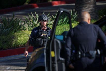 Useita ihmisiä on kuollut ampumisissa panttivankitilanteessa Yhdysvaltojen länsirannikolla Oregonissa