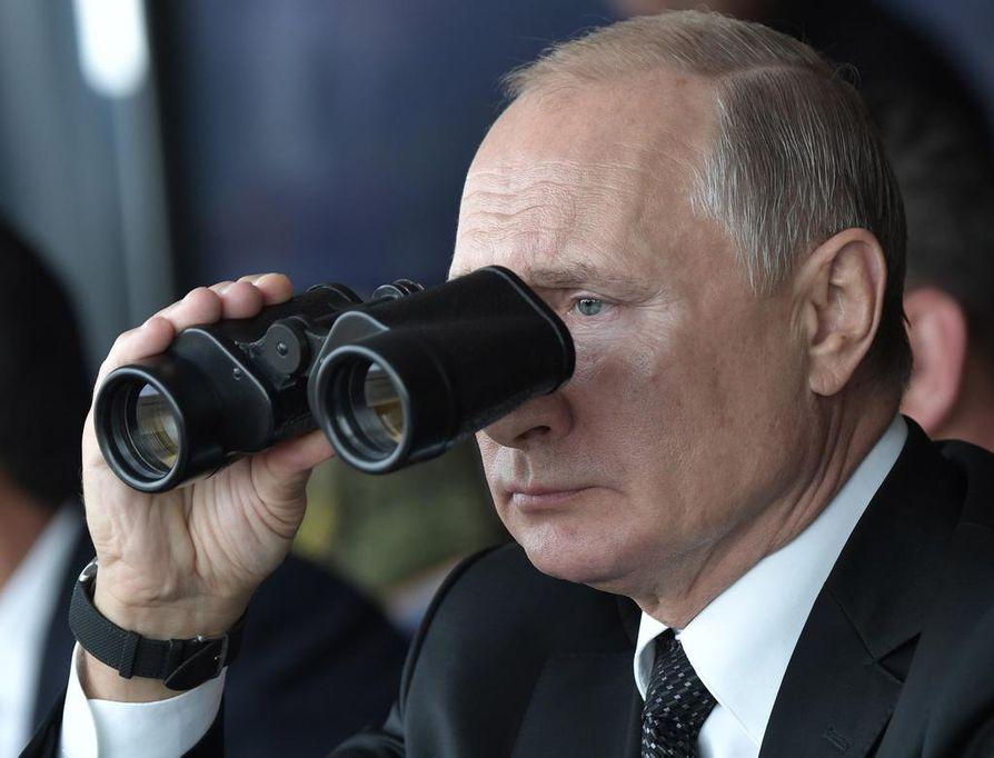 Vladimir Putin seurasi sotaharjoituksia Donguzissa Orenburgin lähellä syyskuun 20. päivä.