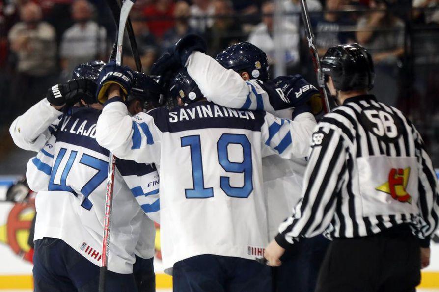 Jääkiekon MM-kisat pelataan vuonna 2022 Helsingissä ja Tampereella, vahvisti Kansainvälinen jääkiekkoliitto perjantaina iltapäivällä.