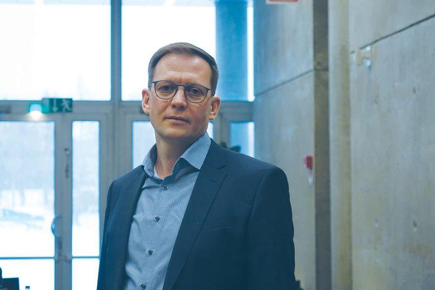 """Fodelian toimitusjohtaja Mikko Tahkola on iloinen siitä, että iso osa työntekijöistä osallistui yhtiön osakeantiin. """"Tarjosimme tilaisuutta kaikille  työntekijöille, ja moni tarttui tilaisuuteen.  Tämä on meille hieno ja yhteinen juttu."""""""
