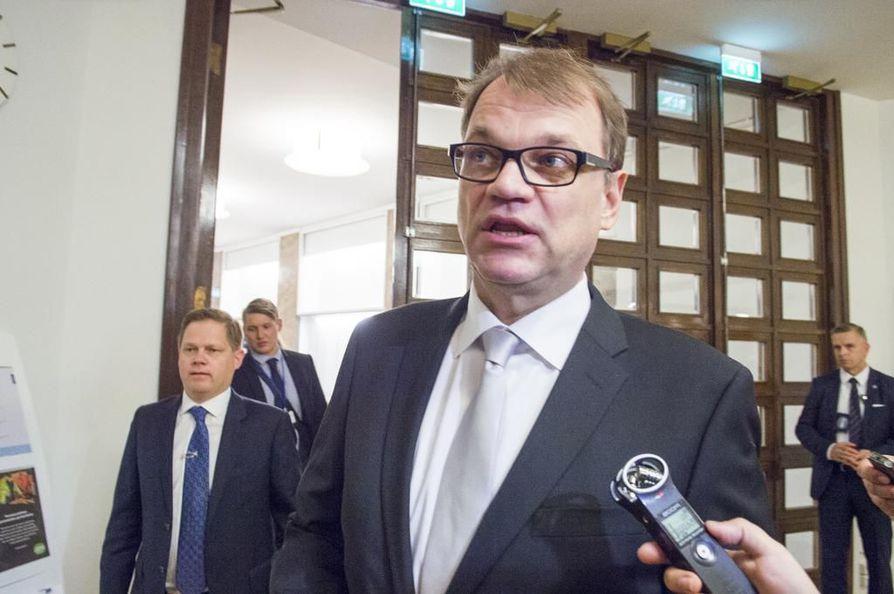 Lännen Median tietojen mukaan keskusta ei kannata Natoon liittymistä. Kuvassa pääministeri ja keskustan puheenjohtaja Juha Sipilä.