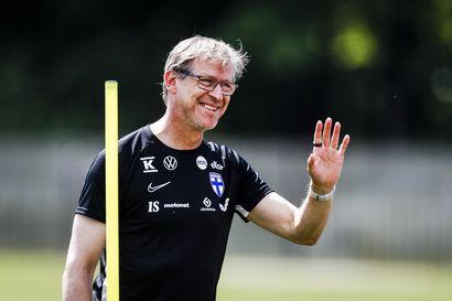 """""""Vielä täällä sama päävalmentaja, ei ole vaihdettu"""" - Markku Kanervalla huumori tallella pakkovoiton edellä"""