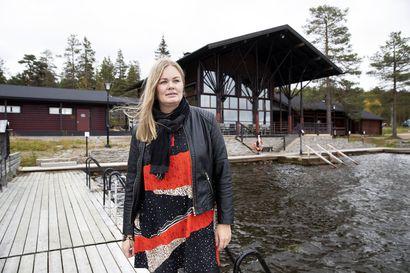 """""""Jos minä olen miettinyt Ruotsia vaihtoehtona, sitä ovat miettineet myös matkanjärjestäjät"""" – muoniolainen matkailuyrittäjä pelkää 72 tunnin koronasäännön karkottavan turistit"""