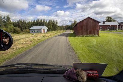 Viidesluokkalaisen Linnea Keski-Korven koulumatkaan menee päivittäin kaksi tuntia – seurasimme, miten taittuu kuljetusoppilaiden matka kyläteitä pitkin Kiiminkijoen kouluun