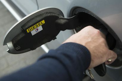 Parempilaatuisen dieselin veroetu poistuu, vaikutusta pumppuhintoihin on vaikea arvioida