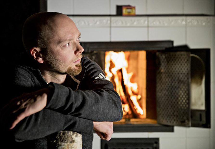 Oululainen Teemu Hostikka on uuden sotadokumenttisarjan vastaava tuottaja.