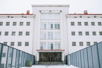 """LM:n tiedot: UB-vanki pahoinpiteli vartijan sairaalaan Riihimäen vankilassa – Vankilavirkailijat: """"Tästä tullut osa vankilakulttuuria"""""""