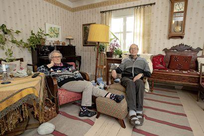 Röbbelenit suunnittelevat Vihantiin vanhusten perhekotia - toiveena turvallisuus ja huolettomuus