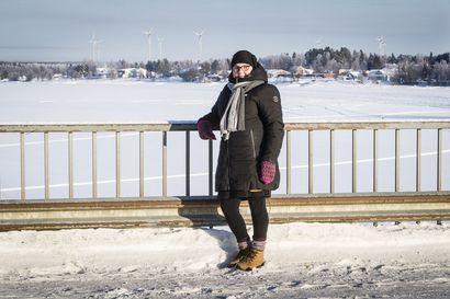 """Kodin lähistölle kaavailtu tuulipuisto sai Tanja Uokkolan vastarintaan – """"Ihmiset ovat hädissään"""""""