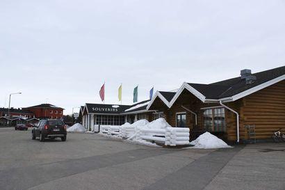Törkeä varkaus lahjataloon Inarissa: Saaliiksi muun muassa koruja ja asusteita