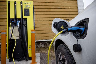 Norjassa enää alle viisi prosenttia syyskuussa rekisteröidyistä uusista autoista oli bensiini- tai dieselkäyttöisiä