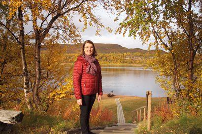 Suomen pohjoisimmassa kylässä on kiireinen syksy – ruskamatkailijat ja elokuvan teko ovat vilkastuttaneet Nuorgamin elämää