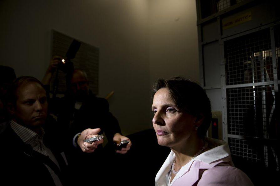 Liikenneministeri Anne Berner (kesk.) on ehdolla ruotsalaisen SEB-pankin hallituksen jäseneksi.