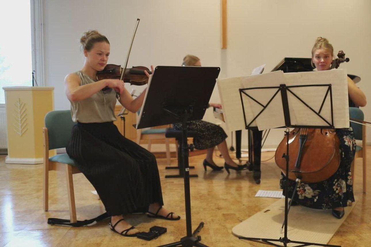 Kesän viime hetket -konsertti Pyhännän seurakuntatalolla