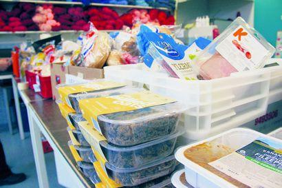 Kymmenet lapsiperheet hakevat Raahessa ruoka-apua säännöllisesti