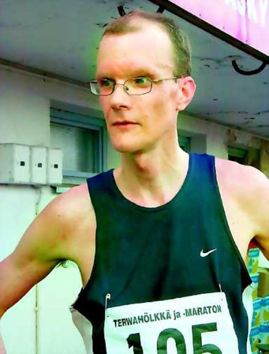 Jouni Siika-aho nykäisi karkuun toisella 21,1 kilometrin mittaisella lenkillä.