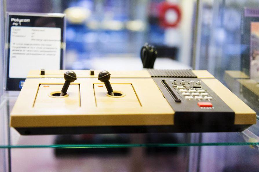 Tieto- ja pelikonemuseosta voi bongata tämän antiikkisen konsolin, joka on valmistettu Britanniassa 1970-luvulla.