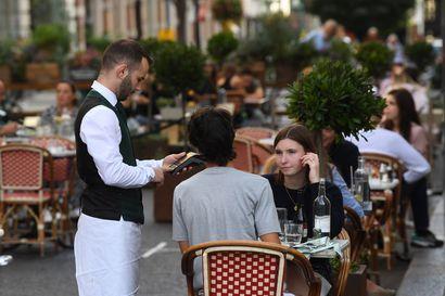 Koronarajoitukset kiristyvät Euroopassa: Britanniassa uhataan kovilla sakoilla, lukuisia uusia rajoituksia voimaan – Ranskassa useita tiukennuksia