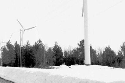 Lukijalta: Maaningan tuulipuistoa ei saa estää maisemamerkinnällä