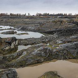 Puolustusministeriö haluaa riskianalyysin Fennovoiman ydinvoimalahankkeesta – yhtiö tunnustaa Venäjä-kytköksen riskin projektille