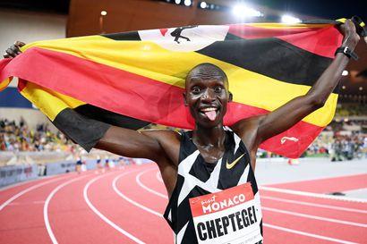 Ugandan Cheptegei juoksi Monacossa miesten 5 000 metrin maailmanennätyksen: edellinen ME parani liki kaksi sekuntia - Topi Raitaselle komea este-ennätys