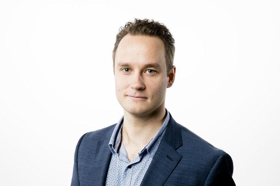 Lännen Median toimittaja Markku Uhari.