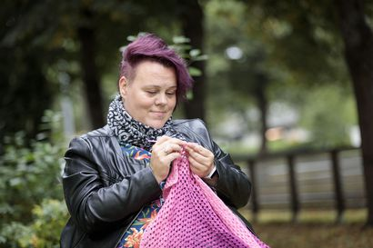 """Kova selkäkipu halvautti Nala Lähdeahon 13-vuotiaana mökin lattialle – Siitä alkoi vuosia kestänyt tutkimuskierre: """"Fibromyalgia-diagnoosi oli helpotus"""""""
