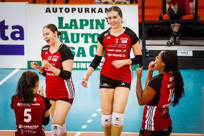 Lindgren, Pyhäjärvi ja Rautio naisten lentopallomaajoukkueeseen