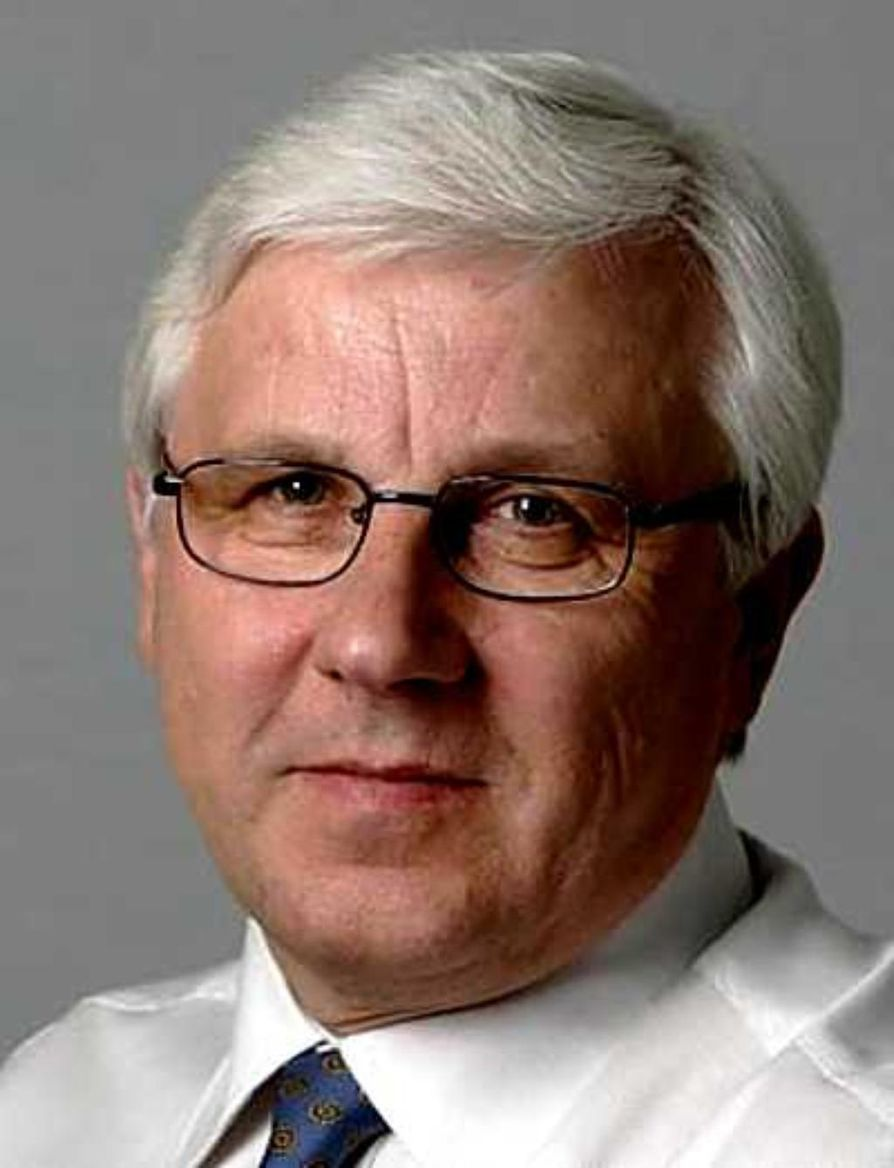 Kalevan päätoimittaja Risto Uimonen jää eläkkeelle.