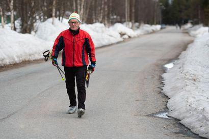 Koronan vuoksi hiihto on maistunut - Erkki Oinas on sivakoinut tänä talvena jo 2000 kilometriä